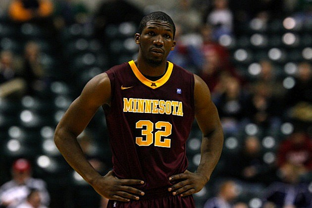 Gophers Mbakwe Basketballl